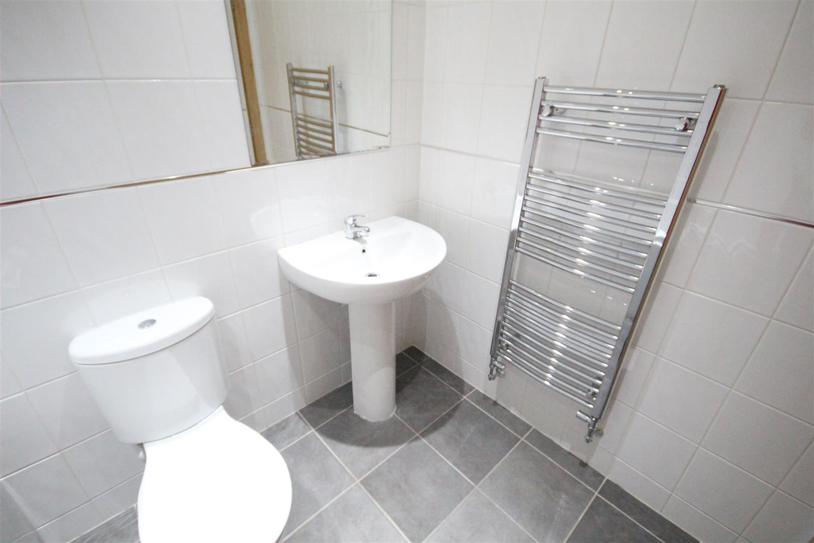 2 bedroom bungalow For Sale in Colne - IMG_0832.JPG